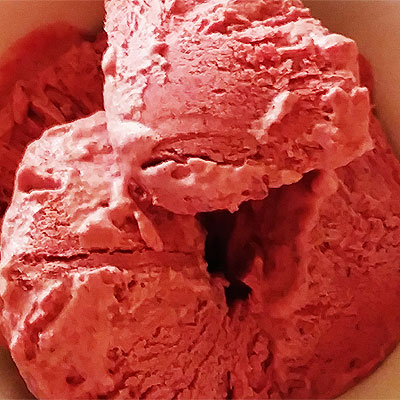 Mora Berry Ice Cream